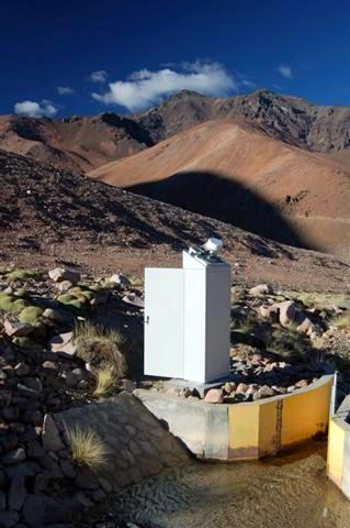 Monitoring station in Chilean mountains